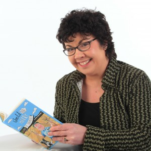 Lorna Sixsmith Author Pic